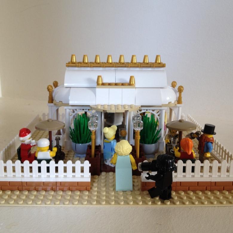 The Orangery Lego MOC