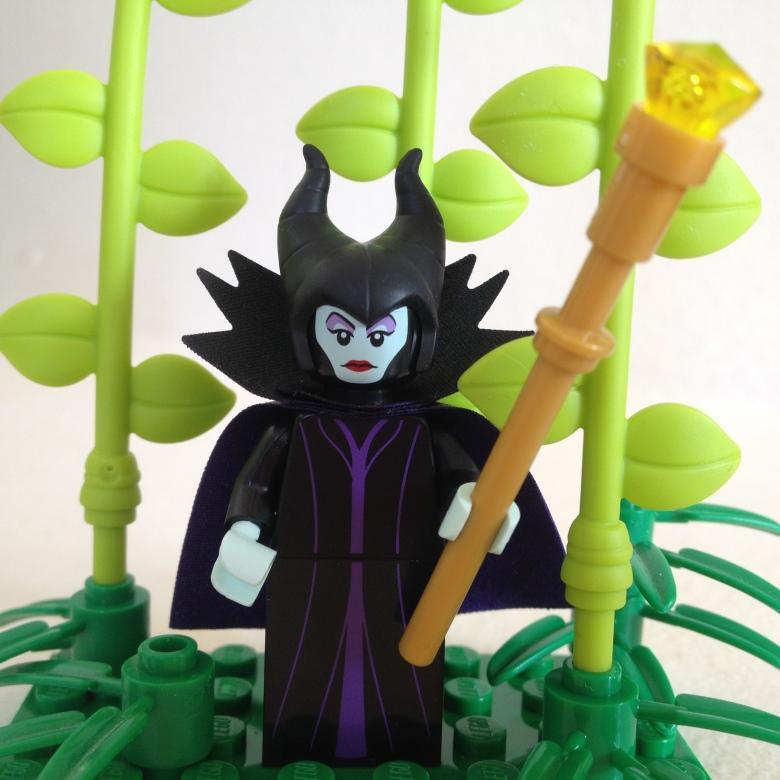 Image of Maleficent Lego Minifigure