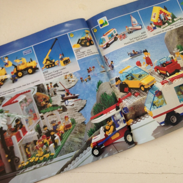 Image of page layout of Lego Catalogue from 1992