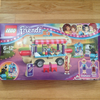 Lego Friends Hotdog 1