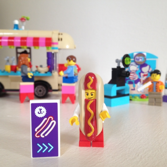 Lego Friends Hot Dog Truck