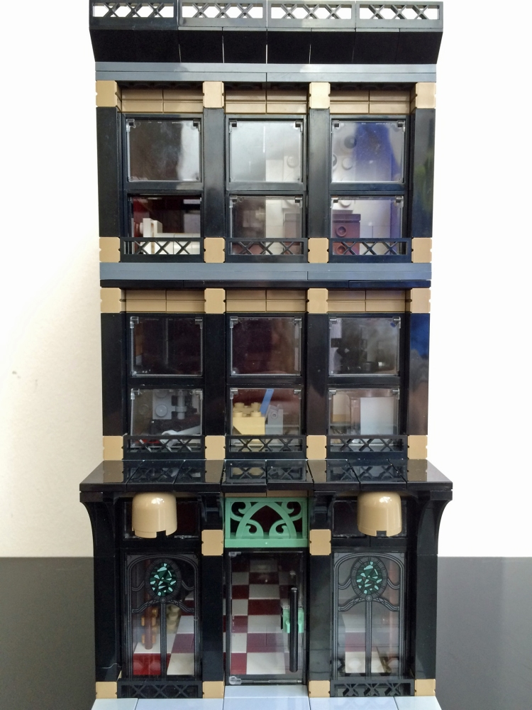 Lego MOC of a SoHo building