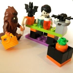 Lego Spooky Boy, Lego Bigfoot