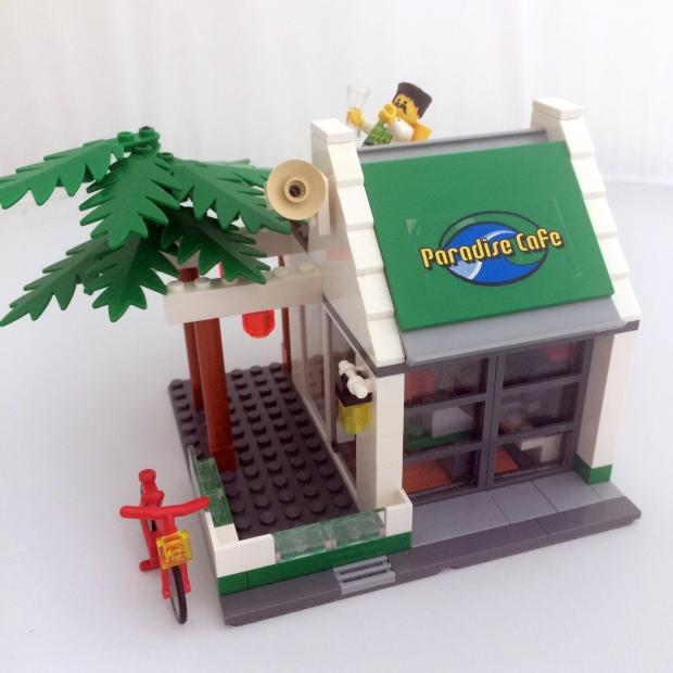 Lego MOC Paradise Cafe