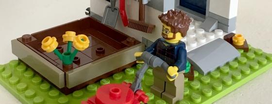 LEGO Pencil Pot