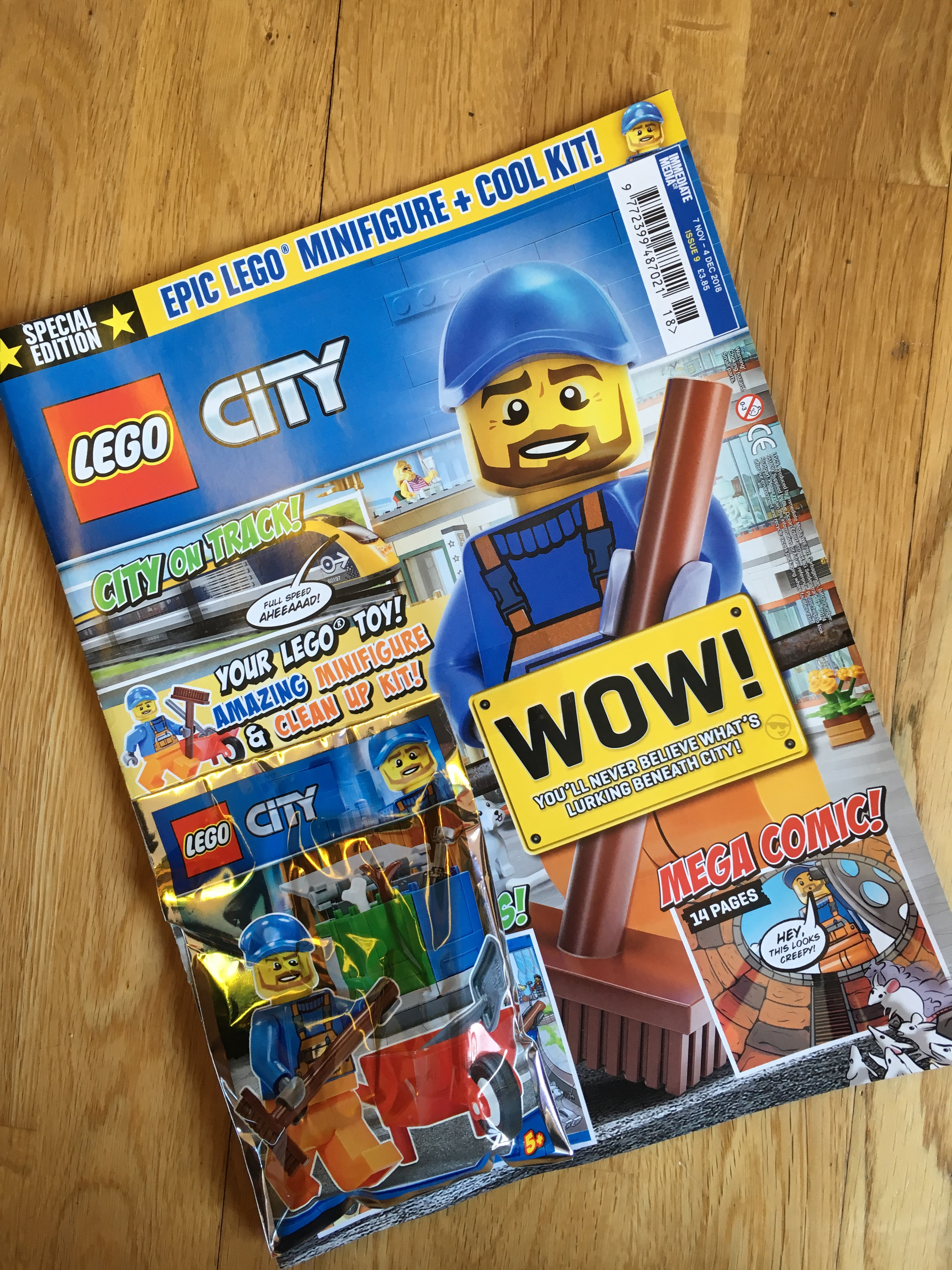 Cover of LEGO City Magazine Issue 9
